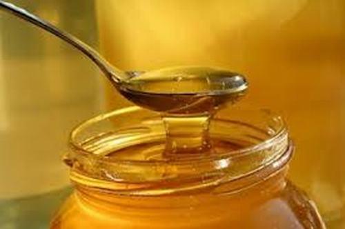 Cách loại bỏ tàn nhang hiệu quả bằng mật ong