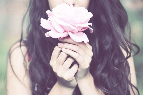 flower-girl-hair-hands-pink-rose-rose-favim-com-54614